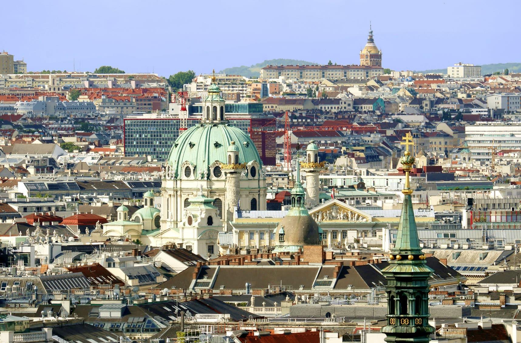 Wien von Oben, Karlskirche Panorame, Schlüsseldienst Wien